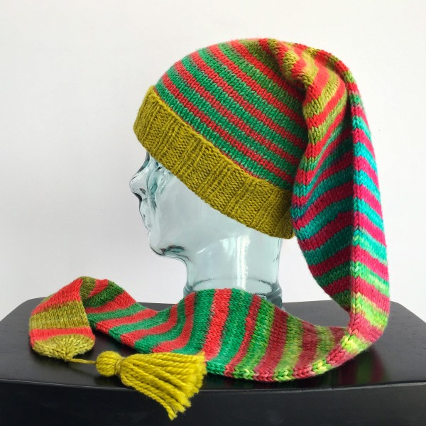 2f7dc99b332 I ll close with Jill s pompom ed Conversationalist hat from Plucky Knitter  Design